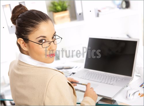 Business-Woman-Office-1045100
