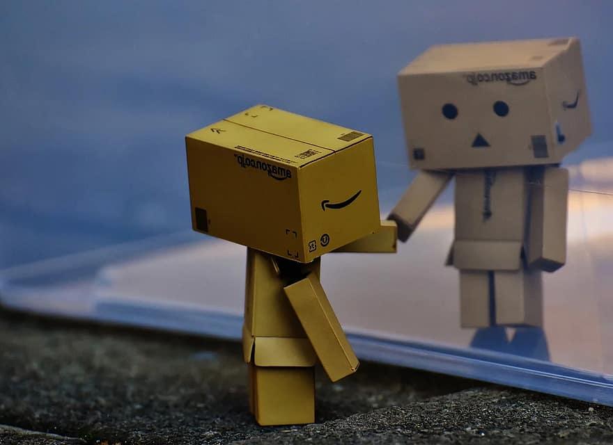 danbo-figure-separated-miss-disc-sad-longing-cute-fun